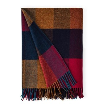 Harriet Lambswool throw, L183 x W142cm, check