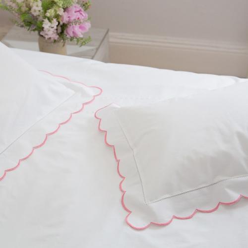 Scalloped Edge Standard pillowcase, 50 x 75cm, Pink 200 Thread Count Cotton