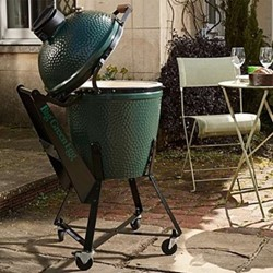 Large IntEGGrated Nest and Shelves Bundle Barbecue set