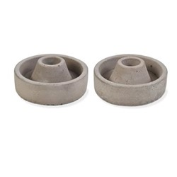 Pair of short candle holders, H4cm, cement