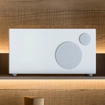 Ambiente Smart speaker, L24 x W12 x H12.5cm, piano white