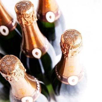 Case of sparkling Cremant from Burgundy 6 bottles