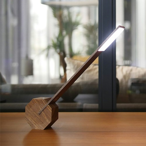 Octagon Desk light, L8.5 x W4 x H38cm, Walnut