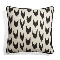 Raval Cushion, chevron