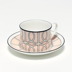 Loop Teacup and saucer, H8.4cm - Saucer 15cm, blush/white (black rim)