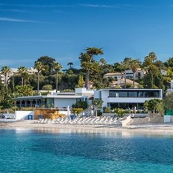 One Night at Cap d'Antibes Beach Hotel for two, Côte d'Azur