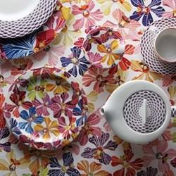 Flowers Dinnerware