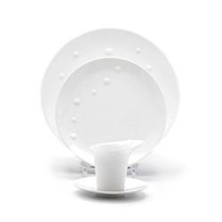 White Sculpture Dinnerware
