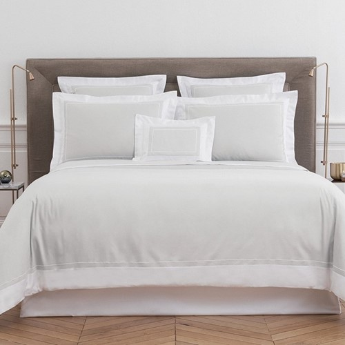 Ucetia Bed Linen - Silver